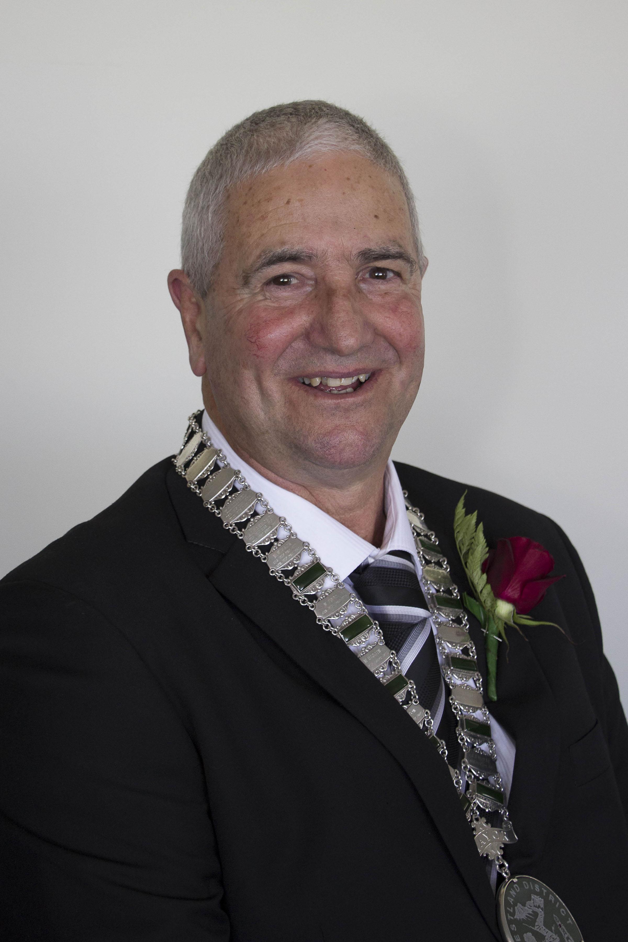 Mayor Bruce Smith